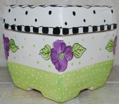 African Violet Pot  self watering 6 inch square by beceramics, $29.95