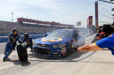 da40bbfcf755b Chase Elliott Photos - NASCAR Sprint Cup Series Auto Club 400 - Zimbio  Fontana California
