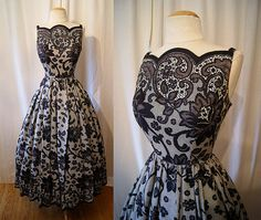 Vintage Stunning black and white lace print