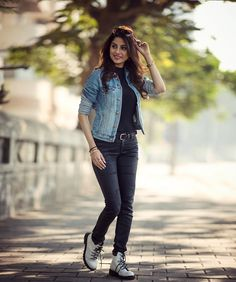 Image may contain: 1 person, standing, shoes and outdoor Stylish Girls Photos, Stylish Girl Pic, Girl Photo Poses, Girl Poses, Girl Fashion, Fashion Outfits, Fashion Design, Fashion Photography Poses, Hipster