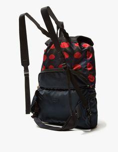 edec783b08 Vintage Black Gucci One Shoulder Drawstring Backpack Purse