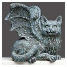Cat Gargoyle Figurine will be your feline companion while you work. Makes a cute Halloween decoration! Sculptures Céramiques, Lion Sculpture, Chat Web, Gothic Gargoyles, Street Art, Garden Statues, Green Man, T Rex, Crazy Cat Lady