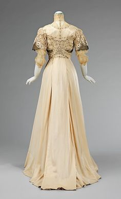 Evening dress (image 3) | American | 1908-1910 | silk, metal | Brooklyn Museum Costume Collection at The Metropolitan Museum of Art | Accession Number: 2009.300.2927