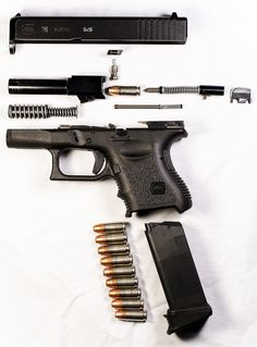 exploded view of a Glock pistol Glock Guns, Weapons Guns, Guns And Ammo, Glock 9mm, Rifles, Cool Guns, Self Defense, Tactical Gear, Firearms