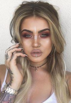 Fresh Ways To Stand Out At Coachella This Year - Boho makeup - Makeup Hippie Make Up, Burning Man Makeup, Bohemian Makeup, Gypsy Makeup, Coachella Makeup, Tribal Makeup, Festival Makeup Glitter, Boho Festival Makeup, Makeup Looks