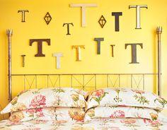 letter-display-de-78369279