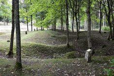 emplacement de l'ancien village le village fut intégralement détruit durant la bataille lieu de mémoire il ne fut pas reconstruit Bataille De Verdun, Le Village, Fleury, Plants, Plant, Planting, Planets