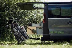 Der Kompanja Campingbus ist ein echter Lebensbegleiter. Unser Renault Trafic Campingbus Ausbau wird individuell auf dich zugeschnitten!