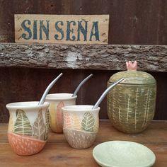 Ceramica Artistica Ideas, Ceramic Clay, Tasty Dishes, Shabby Chic, Dots, Pottery, Sculpture, Ceramics, Crafts
