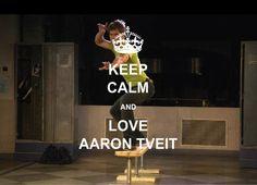 Love Aaron Tveit <3