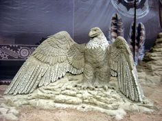 """Sand sculpture of a bald eagle - the national bird of the United States - at the """"200 Years of Peace"""" International Sand Sculpture Exhibition in Niagara Falls, Ontario."""