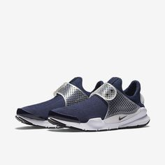 Nike Sock Dart Unisex Shoe (Men's Sizing). Nike.com Sock Dart, Blue Shoes, Men's Shoes, Men's Fashion, Reebok, Air Max Sneakers, Sneakers Nike, All About Shoes, Baskets