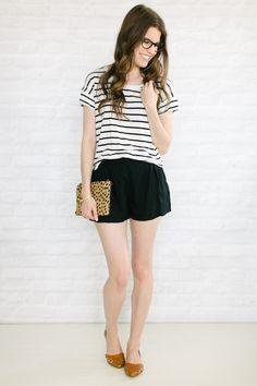 shorts preto/ blusa listrada