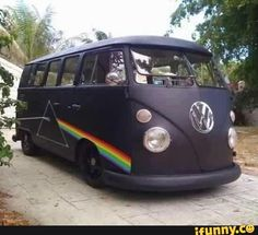 "Pink Floyd ""Dark Side of the Moon"" hippie van ❤ Volkswagen Bus, Vw T1, Vw Camper, Campers, Vw Vanagon, Volkswagen Beetles, Hippie Life, Hippie Style, My Dream Car"