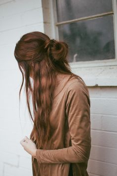 Dedicated to the long locks that women have. Inspiration for growing out my hair again. My Hairstyle, Messy Hairstyles, Pretty Hairstyles, Gray Hairstyles, Wedding Hairstyles, Good Hair Day, Bad Hair, Hair Dos, Gorgeous Hair