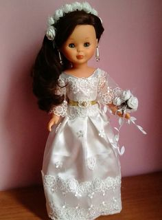 Doll Shoes, Barbie Dress, Cute Dolls, Doll Accessories, Designer Dresses, Doll Clothes, Flower Girl Dresses, Glamour, Gowns