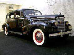 1938 Cadillac Series 90 V16