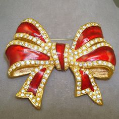 Joan Rivers Bow Pin by AntiqueAli on Etsy, $39.99