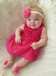 Barefoot Flowered Sandals with a Matching Headband by Cute Baby Girl, Cute Boys, Baby Love, Cute Babies, Baby Girl Dresses, Baby Dress, Flower Girl Dresses, Classy Outfits, Kids Outfits