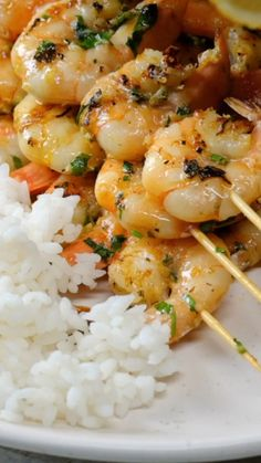 Grilled Garlic Shrimp Delish D Lites - Seafood Shrimp Recipes For Dinner, Shrimp Recipes Easy, Seafood Dinner, Fish Recipes, Seafood Recipes, Recipe For Raw Shrimp, Italian Shrimp Recipes, Seafood Appetizers, Grilled Garlic Shrimp