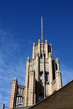 Manchester Unity building, 220 Collins Street (Cnr Swanston Street), Melbourne. Built 1932. Architect: Marcus Barlow.
