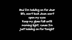 Sia - Chandelier Lyrics