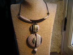 collier ethnique bois et laiton