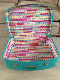 I bought this gorgeous vintage teal suitcase last year with the intention of re-lining it – in fact, I looked at my original post about it and realised that I got it in March! I had a bit of practice at re-vamping a suitcase when...