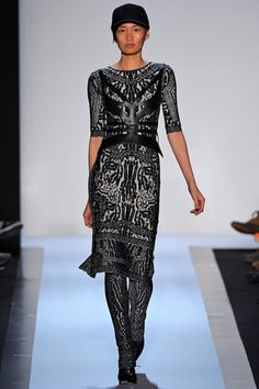 Hervé Léger by Max Azria Fall 2013 Ready-to-Wear Collection Slideshow on Style.com