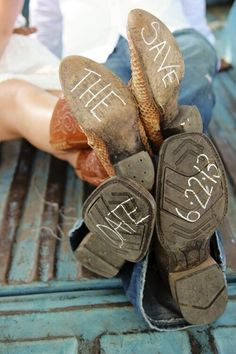 "Draw ""Save the date"" on boots with chalk!"