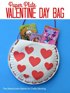 Looking for an easy fun craft activity to do with your kids this Valentine's Day? Here is a round up of 25 Easy Valentine's Day Craft for Kids that are fun and simple. Valentines Day Bags, Valentines Card Holder, Valentine Boxes For School, Kinder Valentines, Valentine's Day Crafts For Kids, Valentine Crafts For Kids, Valentines Day Activities, Easter Crafts, Valentinstag Party