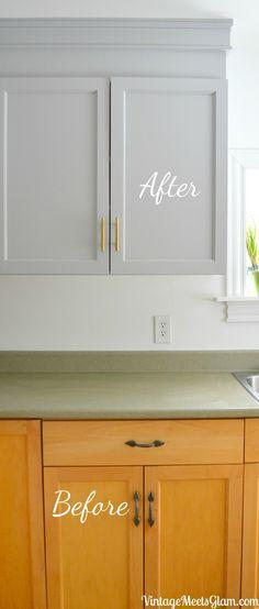Kitchen Reno Part Painting Builder Grade Cabinets – VintageMeetsGlam - DIY-kitchen-cabinet-ideas Diy Kitchen Cabinets, Built In Cabinets, Kitchen Paint, Kitchen Reno, Kitchen Flooring, New Kitchen, Kitchen Remodeling, Remodeling Ideas, Kitchen Ideas