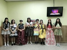 paper dress models (pretty girls)