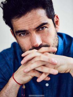 El actor mexicano Poncho Herrera es protagonista de la edición de Septiembre de VIM Magazine