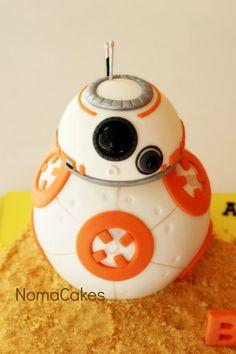 """No es lo mismo hacer una tarta """"impuesta"""" que hacerla por qué quieres y con libertad. Ha sido el caso de BB-8. Este droide astromecánico es uno de mis personajes favoritos de la última entrega de …"""