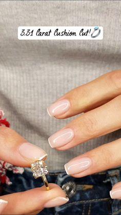 Diamond Wedding Bands, Diamond Rings, Emerald Diamond, Gold Ring, Pretty Rings, Beautiful Rings, Wedding Rings For Women, Modern Wedding Rings, Cute Engagement Rings