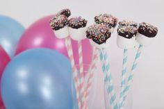 Helpot ja näyttävät vaahtokarkkiherkut.  #lastenjuhlat #ballerina Dessert Table, Ballerina, Parties, Birthday, Cake, Desserts, Food, Fiestas, Tailgate Desserts