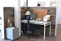 Need office inspiration? Forget boring cubicle dividers, use reclaimed wood instead!