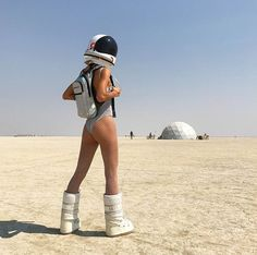 Festival Mode, Festival Looks, Festival Wear, Festival Fashion, Burning Man Outfits, Burning Man Fashion, Burning Man People, Burning Man Girls, Burning Man Sculpture