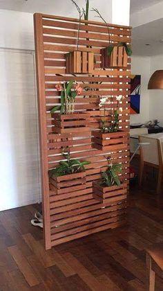 17 new Ideas for screen divider decoration House Plants Decor, Plant Decor, Woodworking Projects Diy, Wood Projects, Woodworking Wood, Vertical Garden Design, Building A Pergola, Decoration Plante, Corner Pergola
