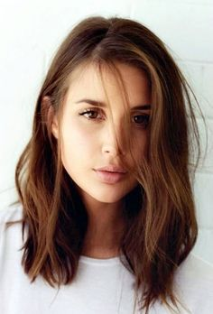 Medium Length Hairstyles For Women (13)