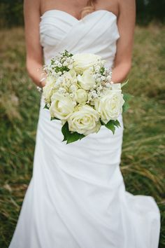 tegan mcmartin photography floral designer fleurs marines wedding dress herv mariage paris - Herve Mariage Paris