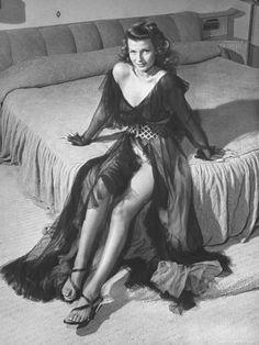 Rita Hayworth, la pelirroja más seductora del cine de los años 40