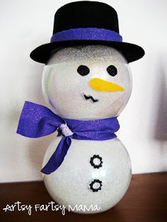artsy-fartsy mama: Glitter Snowman