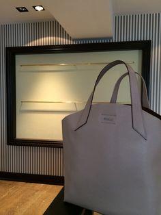 Le borse più sono semplici più sono affascinanti! Furla
