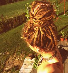 Sometimes I really think I could pull off dreads... but... meh... I'm not brave enough :: #dreadstop