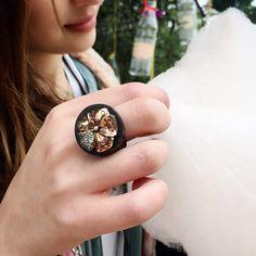 Flower ring - gold diamond ruby ebony