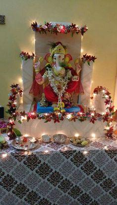 Gauri Decoration, Mandir Decoration, Ganpati Decoration Design, Ganapati Decoration, Housewarming Decorations, Diy Diwali Decorations, Home Wedding Decorations, Festival Decorations, Flower Decorations