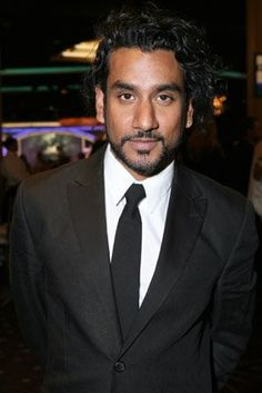 Naveen Andrews from lost. He's soooo romantic.. <3