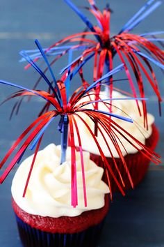 Decorative cupcakes for a fun 4th of July event.